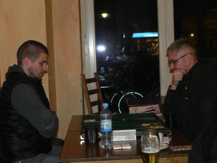 Yannick (li) im Achtelfinale der Second Chance gegen Matthias