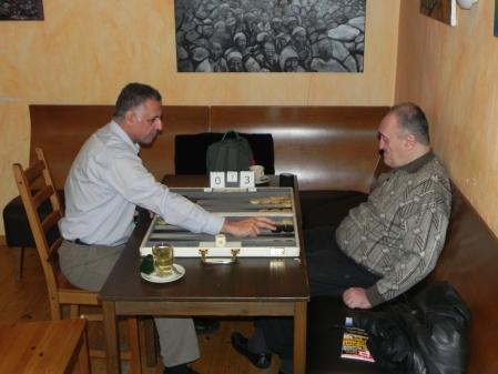 Der persische Löwe ist aktiv, aber das Krokodil führt: Hamid gegen Igor K