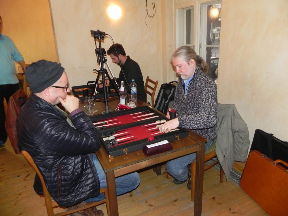 Erst mit Handbremse, dann mit Turbo: Igor K ist Berliner Backgammon-Meister 2013! (5/6)