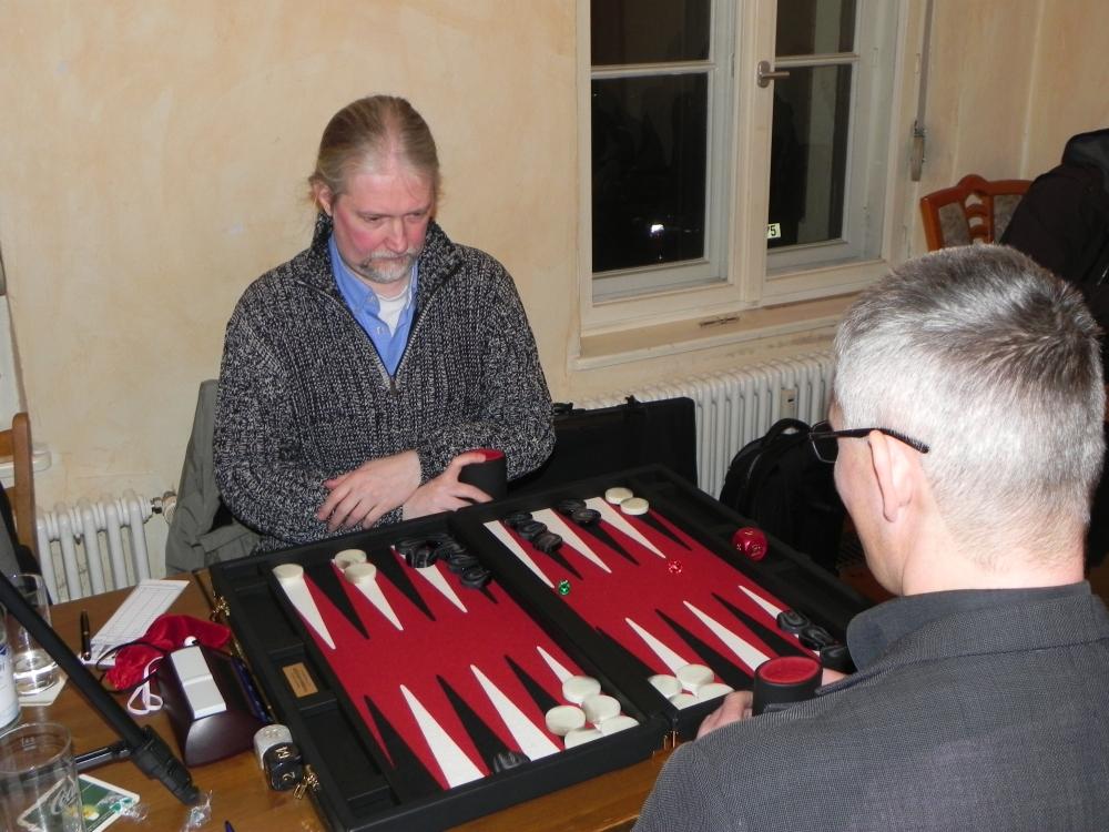 Erst mit Handbremse, dann mit Turbo: Igor K ist Berliner Backgammon-Meister 2013! (6/6)