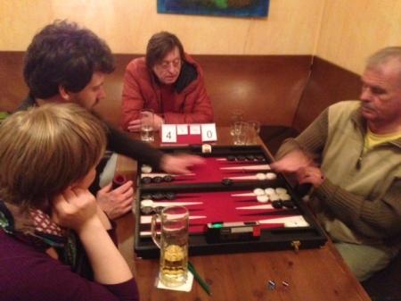 Spiel um den 3. Platz: Peter (li), Gerhard, Kiebitze