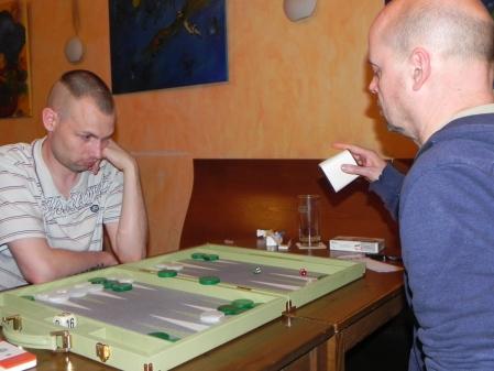 Paul (li) und Rolf im Spiel um den 3. Platz