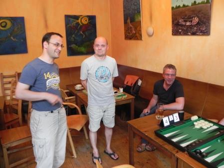 Entspannt in der Spielpause: Martin, Rolf, Ralf (von links)