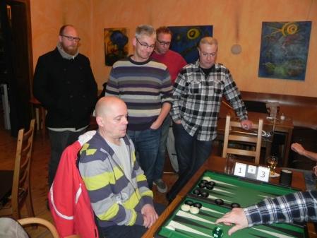 Noch ein Pünktchen: Rolf im Viertelfinale gegen Igor K, Kiebitze