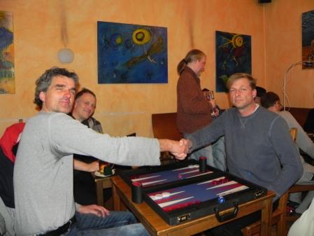 Einer von beiden wird bald Turniersieger: Stefan Blancke (li), Guido Weidner