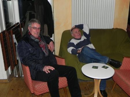 Entspannt: Sokrates Bukalis (sitzend), Gerhard Zerbin