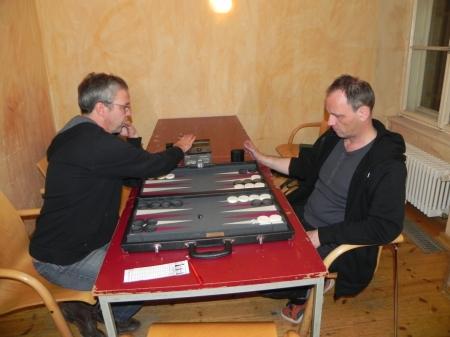 Im Viertelfinale: Ralf (li) gegen Helmut Krausser