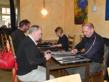 Nahm später am Jackpot teil: Carlo Petkovsek, hier gegen Bernd Hoffmeister, dahinter Thorsten Miesel und Sabine Brinkmann