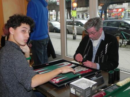 Kurt Zerwer (re) gegen Yonas Brinkmann