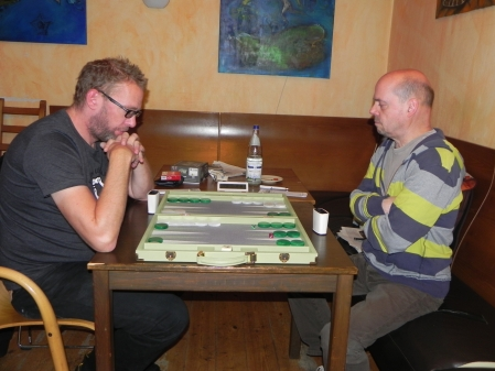 Thorsten Miesel (li) gegen den amtierenden Berliner Meister Rolf Schüler