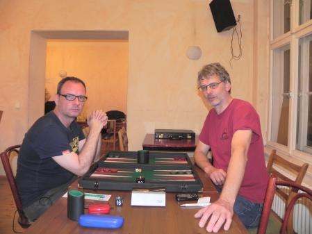Finale der Second Chance: Helmut Krausser (li) gegen Peter Schneider