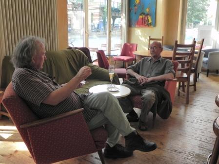 Bill Pope (li) und Roger Edberg beim Fachsimpeln