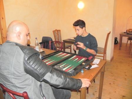 Fakir (li) und Yonas