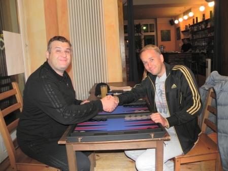 Vor dem Match um den 3. Platz: Igor Bakunowizki (li) und Tobias Hellwag
