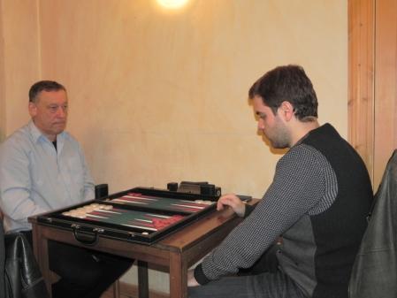 Das ist nicht das Beratungsdoppel: Ulrich Tamm (li) gegen Faruk Kocaer
