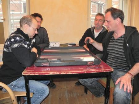 Heribert Lindner (li) und Matthäus Vigl, Helmut Krausser (re) und Ralf Sudbrak im Beratungsdoppel