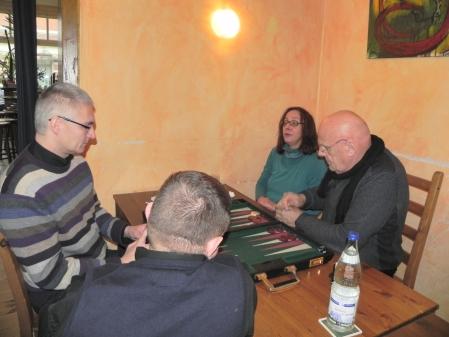Matthias (li) und Frank, Asha und BLW im Beratungsdoppel