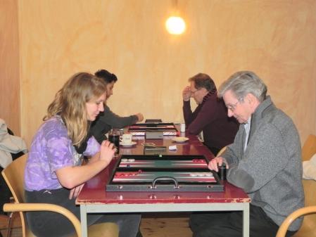 Christiane Klose, Kurt Zerwer. Im Hintergrund Yonas Brinkmann (li) und Thomas Frübing