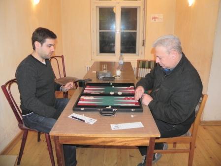 Finale-des SpeedGammon-Turniers: Faruk Kocaer (li) und Alexander Khandin.jpg