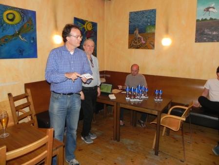 Die Sieger der Satellitenturniere werden nur kurz erwähnt: Yonas Brinkmann und Rolf Schüler