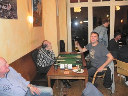 Faxen am Brett: Igor K (li), André Larsen im Finale der Second Chance