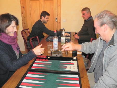 Backgammon ist ein schönes Spiel. Es freuen sich Besiegte wie Sieger - Mel Sippel und Detlev Appel