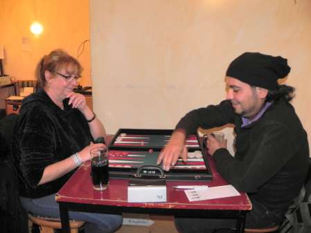 Gute Laune: Christine Bialas, Charon Fathieh