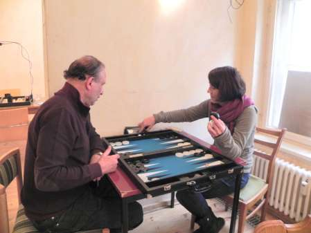 Ex-Beginner und Noch-Beginner: Mel Sippel und Behrus Pakzad an Mels nagelneuem Board