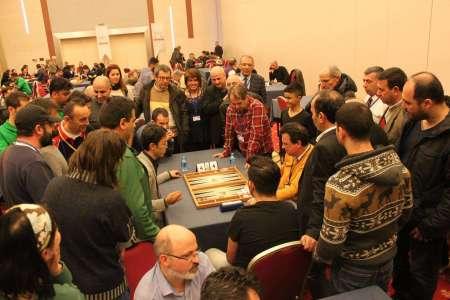 Wird es beim Berlin Backgammon Festival auch so aussehen? Mochy, Gegner, Kiebitze